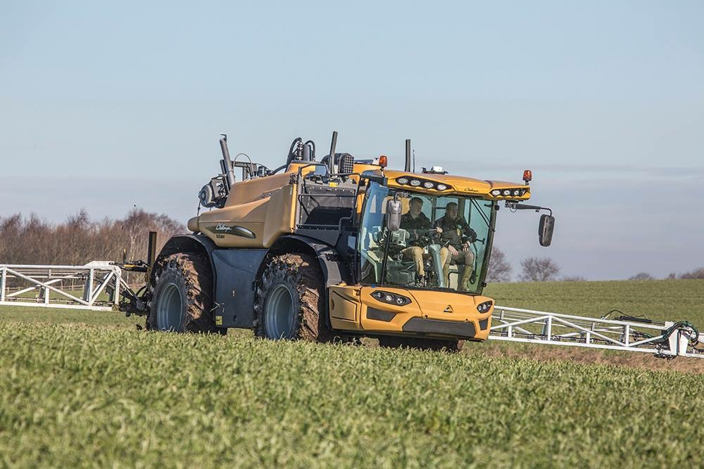 Challenger RG600D in action in the UK
