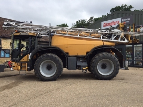 Challenger RG655C - Self Propelled Sprayer