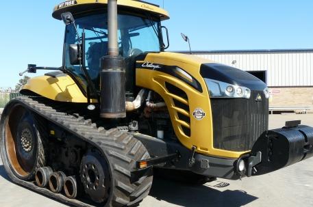Challenger MT765E